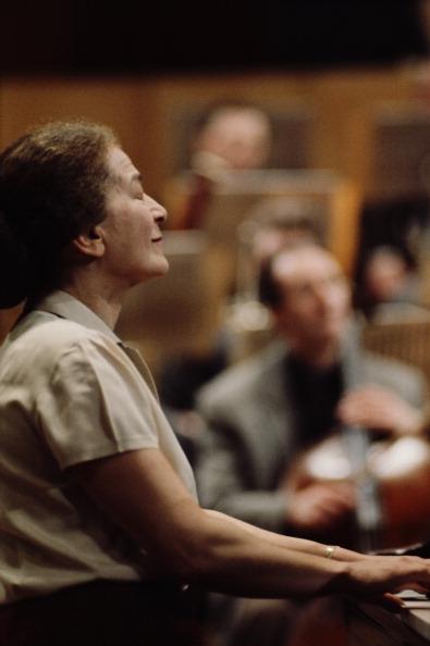 Classical Musician「Annie Fischer」:写真・画像(9)[壁紙.com]