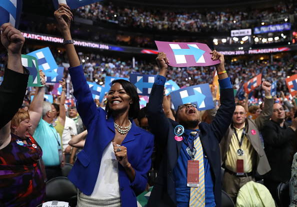 Joe Raedle「Democratic National Convention: Day Two」:写真・画像(11)[壁紙.com]