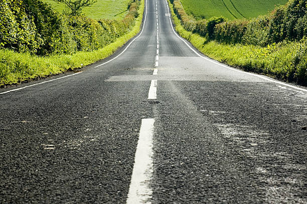 Straight Downhill:スマホ壁紙(壁紙.com)