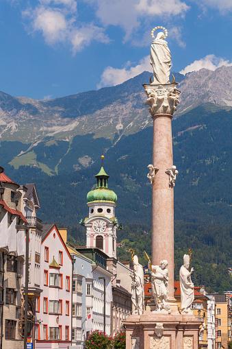 北チロル「The St. Anna's Column at Maria Theresien Street」:スマホ壁紙(1)