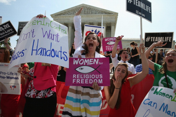 Decisions「Supreme Court Issues Ruling In Hobby Lobby ACA Contraception Mandate Case」:写真・画像(7)[壁紙.com]