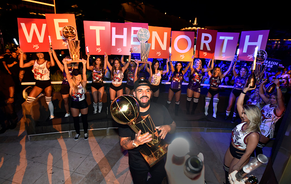 David Becker「The Toronto Raptors Head To Wynn Las Vegas To Celebrate NBA Championship Win At XS Nightclub With Drake And The Chainsmokers」:写真・画像(17)[壁紙.com]