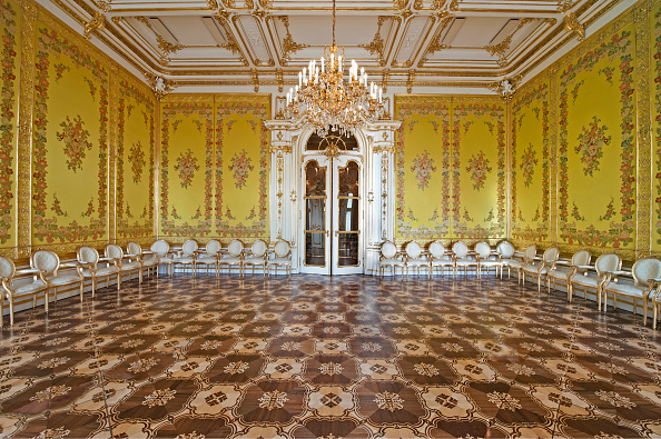 Ceiling「Yellow Salon At The Palais Coburg」:写真・画像(5)[壁紙.com]