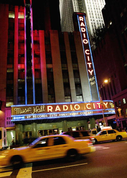 Travel Destinations「25th Anniversary Of VP Records Celebrates At Radio City Music Hall」:写真・画像(12)[壁紙.com]