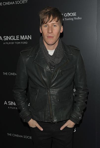 "Scriptwriter「The Cinema Society & Bing Host Screening of ""A Single Man"" - Arrivals」:写真・画像(12)[壁紙.com]"