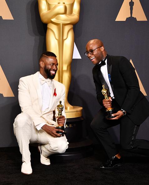 Best Screenplay Award「89th Annual Academy Awards - Press Room」:写真・画像(17)[壁紙.com]