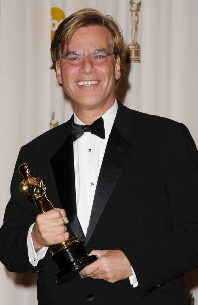 Best Screenplay Award「83rd Annual Academy Awards - Press Room」:写真・画像(0)[壁紙.com]