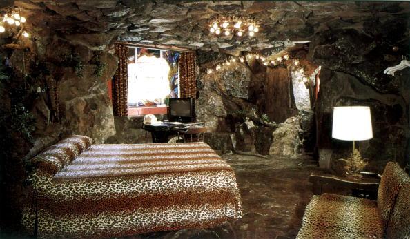 Ceiling「The Madonna Inn」:写真・画像(15)[壁紙.com]