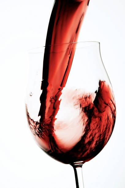 Glass of red wine:スマホ壁紙(壁紙.com)