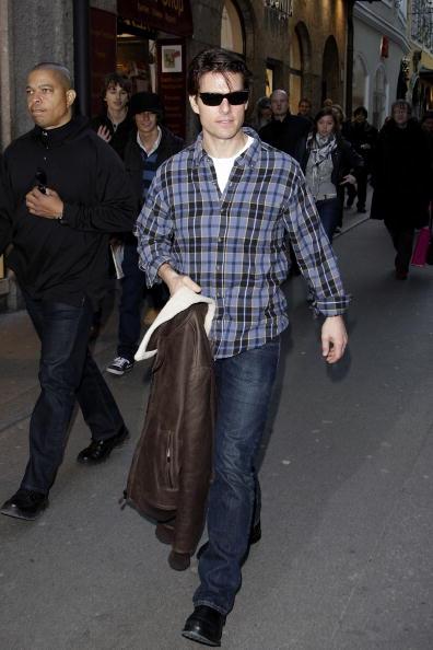 Incidental People「Tom Cruise Filming 'Knight & Day' In Salzburg」:写真・画像(1)[壁紙.com]