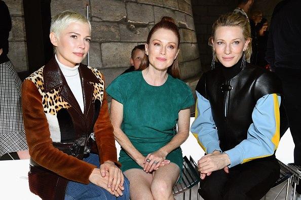 ファッションショー「Louis Vuitton : Front Row - Paris Fashion Week Womenswear Spring/Summer 2018」:写真・画像(13)[壁紙.com]