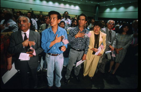 Ceremony「7000 Residents Become US Citizens」:写真・画像(19)[壁紙.com]