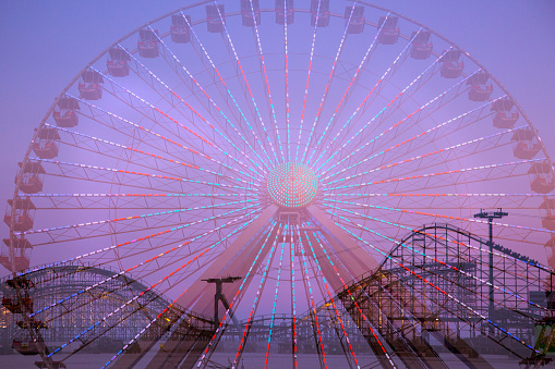 Multiple Exposure「Double exposure of ferris wheel and roller coaster」:スマホ壁紙(1)
