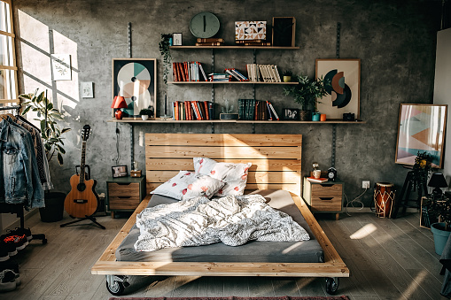 Guitar「Messy bed in the morning」:スマホ壁紙(5)