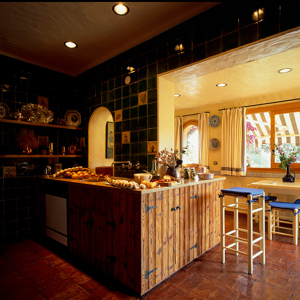 Curtain「View of a homely kitchen」:写真・画像(13)[壁紙.com]