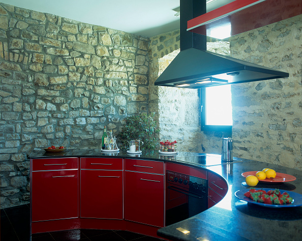 Stove「View of a hood over an elegant kitchen counter」:写真・画像(14)[壁紙.com]