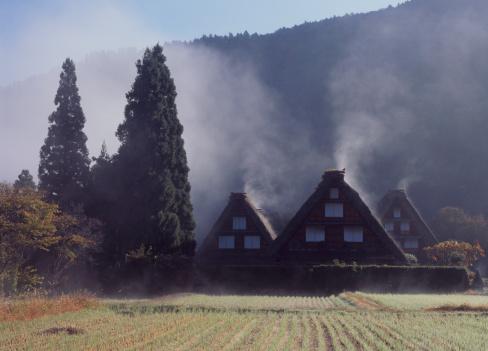 Farmhouse「Farmhouse and Mist at Shirakawa-go, Shirakawa, Ono, Gifu, Japan」:スマホ壁紙(0)