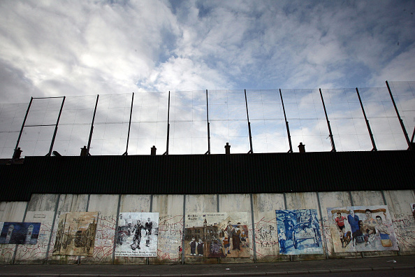 Graffiti「Northern Ireland In The Shadow Of The Peace Process」:写真・画像(0)[壁紙.com]