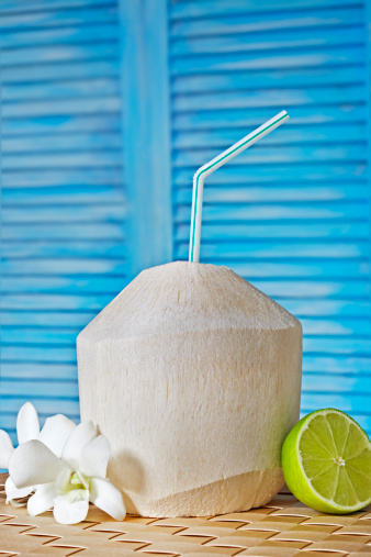 Coconut Water「Drinking coconut with a straw」:スマホ壁紙(11)