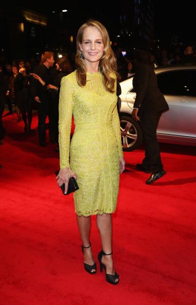 Yellow Dress「56th BFI London Film Festival: The Sessions」:写真・画像(5)[壁紙.com]