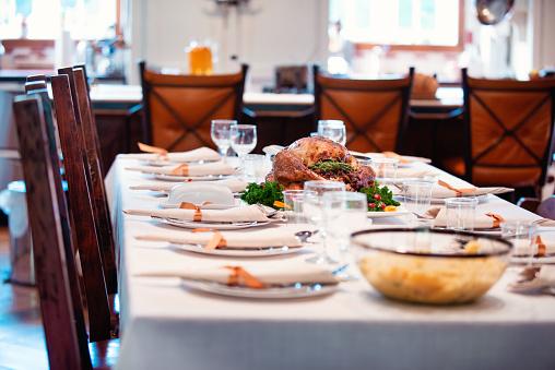 幸福「ホリデー シーズン家族の多世代準備感謝祭のディナー」:スマホ壁紙(11)