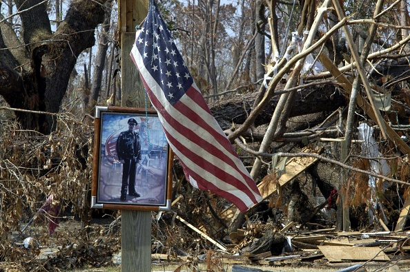 2005「Hurricane Katrina Clean Up Continues」:写真・画像(19)[壁紙.com]