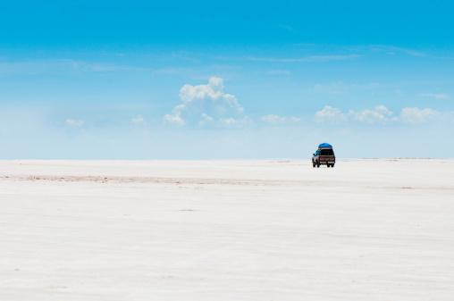 撮影テーマ「ウユニ塩湖」:スマホ壁紙(14)