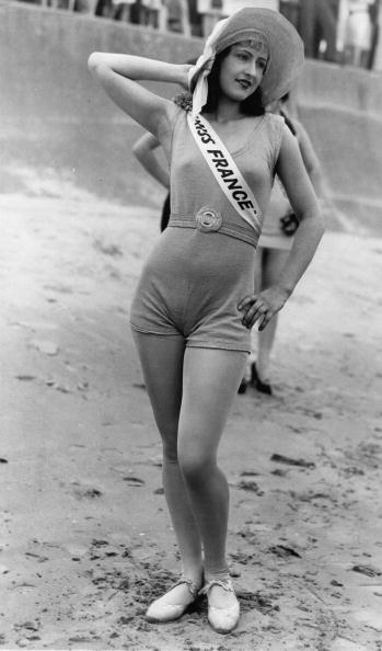 "Galveston - Texas「The beautyful ""Miss France"" Raymonde Allaine won the second price at the international beauty pageant in Galveston (Texas), Photograph, America, Around 1920」:写真・画像(14)[壁紙.com]"
