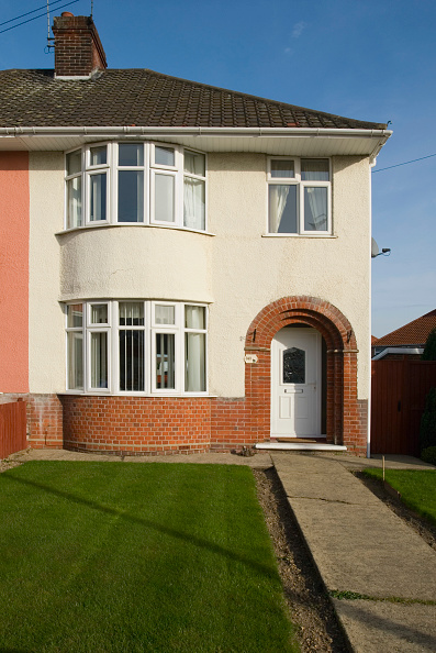 Front Door「1930s semi-detached house, Ipswich, Suffolk, UK」:写真・画像(4)[壁紙.com]