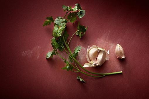 Garlic Clove「Seasoning: Garlic and Parsley Still Life」:スマホ壁紙(14)