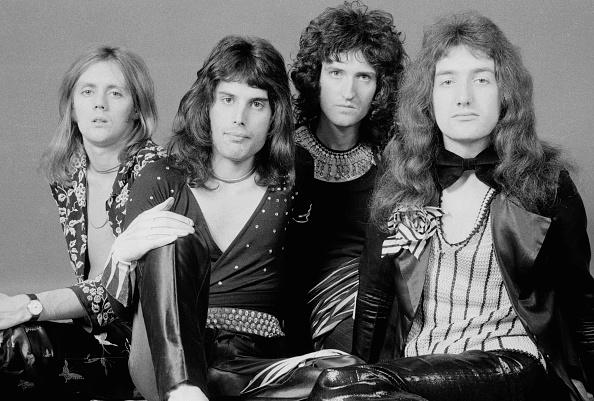 スタジオ撮影「Queen」:写真・画像(17)[壁紙.com]
