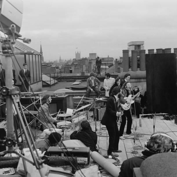 The Beatles' rooftop concert:ニュース(壁紙.com)