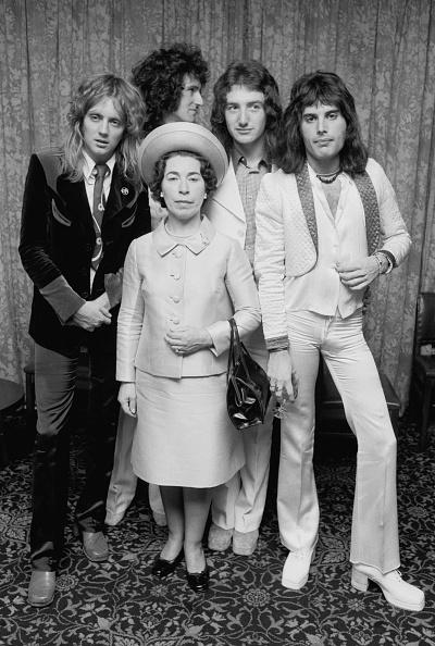 ドラマー「Queen And Pretender」:写真・画像(11)[壁紙.com]