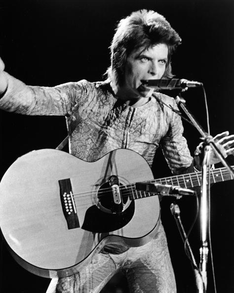 デヴィッド・ボウイ「David Bowie Performing As Ziggy Stardust」:写真・画像(7)[壁紙.com]