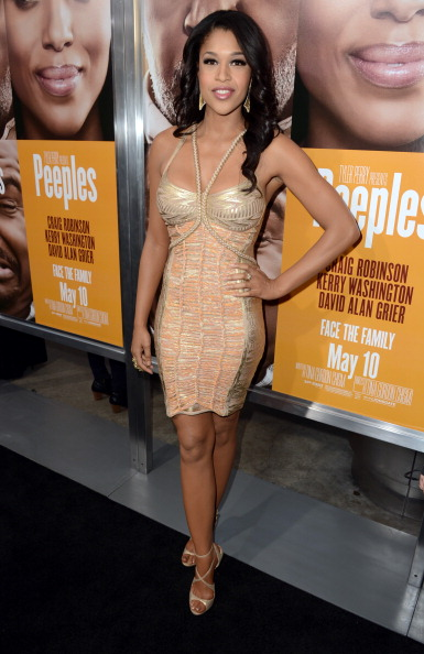 """Form Fitted Dress「Lionsgate Film And Tyler Perry Presents The Premiere Of """"Peeples"""" - Red Carpet」:写真・画像(6)[壁紙.com]"""