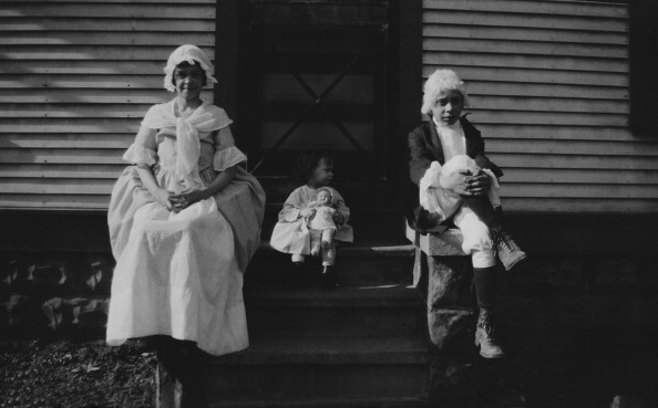 Rag「Children In Colonial Dress」:写真・画像(13)[壁紙.com]