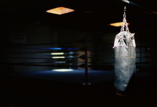Boxing Ring「Punching Bag and Boxing Ring」:スマホ壁紙(12)