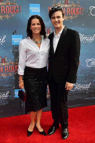 """Nancy Kerrigan「The Grand Re-Opening Of Boston's Emerson Colonial Theatre With The Gala Performance Of """"Moulin Rouge! The Musical""""」:写真・画像(13)[壁紙.com]"""