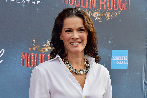 """Nancy Kerrigan「The Grand Re-Opening Of Boston's Emerson Colonial Theatre With The Gala Performance Of """"Moulin Rouge! The Musical""""」:写真・画像(7)[壁紙.com]"""