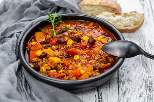 Chili Con Carne「Bowl of vegetarian chili con carne」:スマホ壁紙(1)