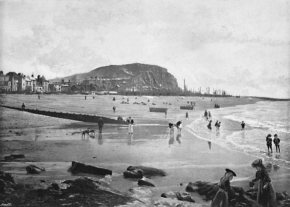 View Into Land「Hastings Old Town And Beach」:写真・画像(9)[壁紙.com]
