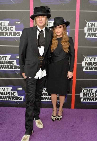 Michael Lockwood「2013 CMT Music Awards - Red Carpet」:写真・画像(9)[壁紙.com]