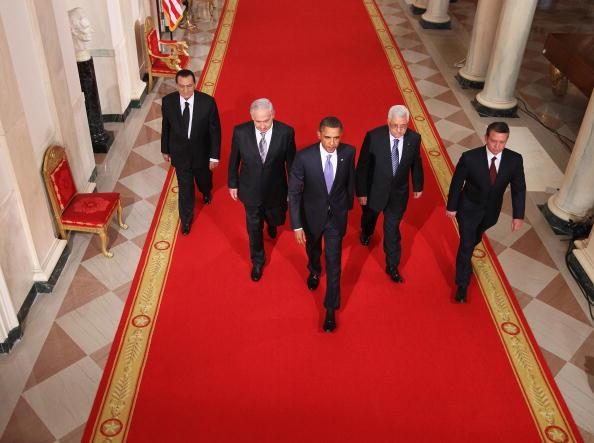 Alex Wong「Obama, Mideast Leaders Deliver Statements On Peace Process」:写真・画像(14)[壁紙.com]