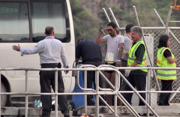 Capsizing「Rescue Underway After Asylum Seeker Boat Capsizes」:写真・画像(10)[壁紙.com]