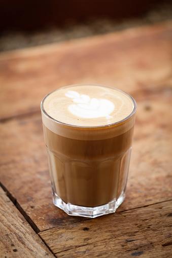 Latte「Art latte a cup of hot coffee」:スマホ壁紙(12)