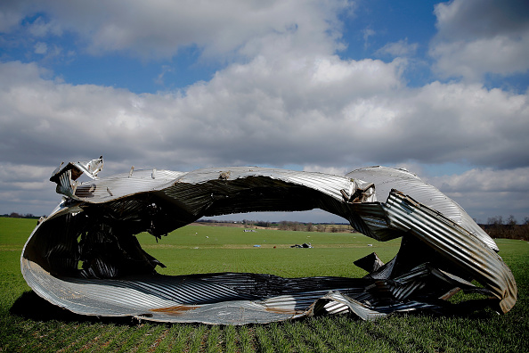 Missouri「One Killed In Missouri During Major Tornado Outbreak In Midwest」:写真・画像(16)[壁紙.com]