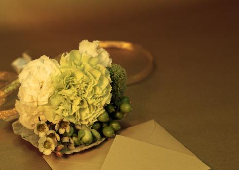 カーネーション「Bouquet and an envelope」:スマホ壁紙(6)