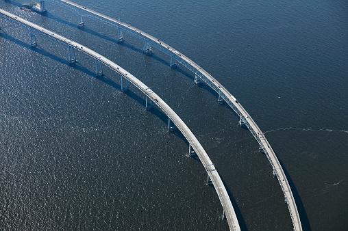Chesapeake Bay「USA, Maryland, Aerial photograph of the Chesapeake Bay Bridge in the early morning」:スマホ壁紙(5)
