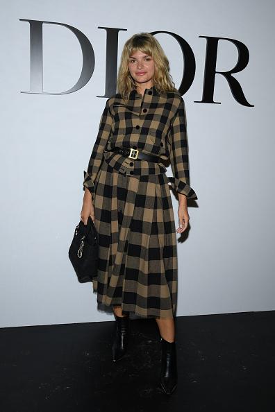 Midi Skirt「Dior : Photocall -  Paris Fashion Week - Womenswear Spring Summer 2021」:写真・画像(16)[壁紙.com]
