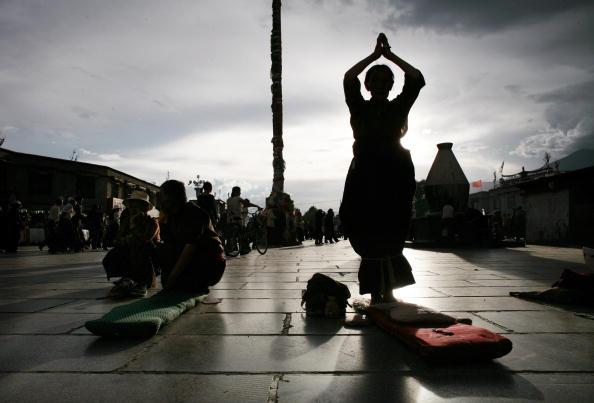 Tibet「Ancient Lhasa Metamorphoses Into Modern Metropolis」:写真・画像(14)[壁紙.com]